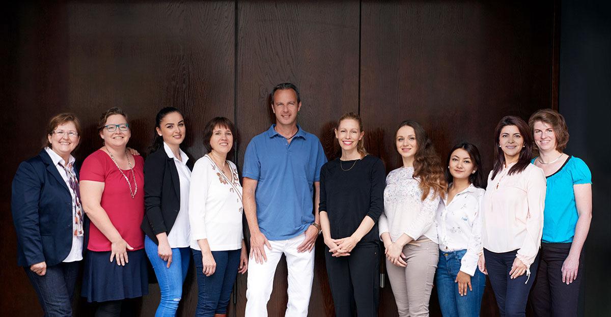 Dr. Pflug und sein Team,  München-Zentrum